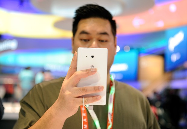 Celular da Huawei  (Foto:  David Becker/Getty Images)