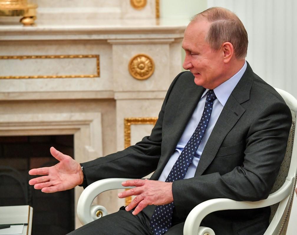-  Presidente russo, Vladimir Putin, fala durante encontro com o presidente eleito do Paraguai, nesta quinta-feira  14   Foto: Yuri Kadobnov / AFP