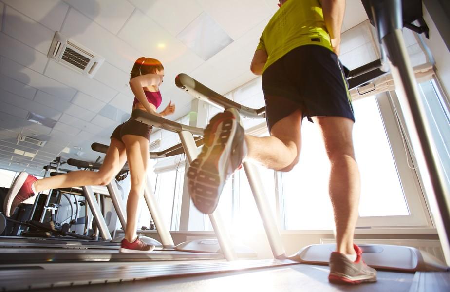 Correr causa perda de massa muscular? Veja o que fazer para isso não ocorrer