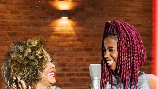 Malia decola na carreira com parceria com Alcione e abertura de show dos Racionais MC's