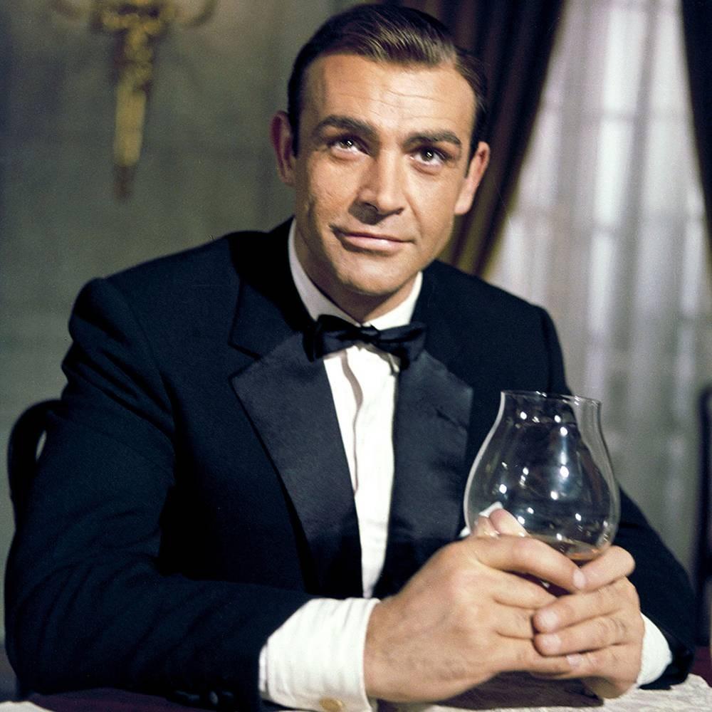 O ator Sean Connery como o espião James Bond (Foto: Reprodução)
