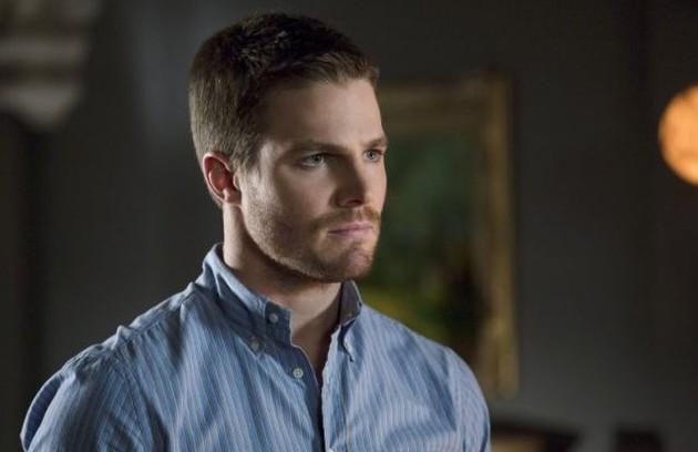 Oliver Queen é o protagonista bonitão de 'Arrow' (Foto: Reprodução de internet)