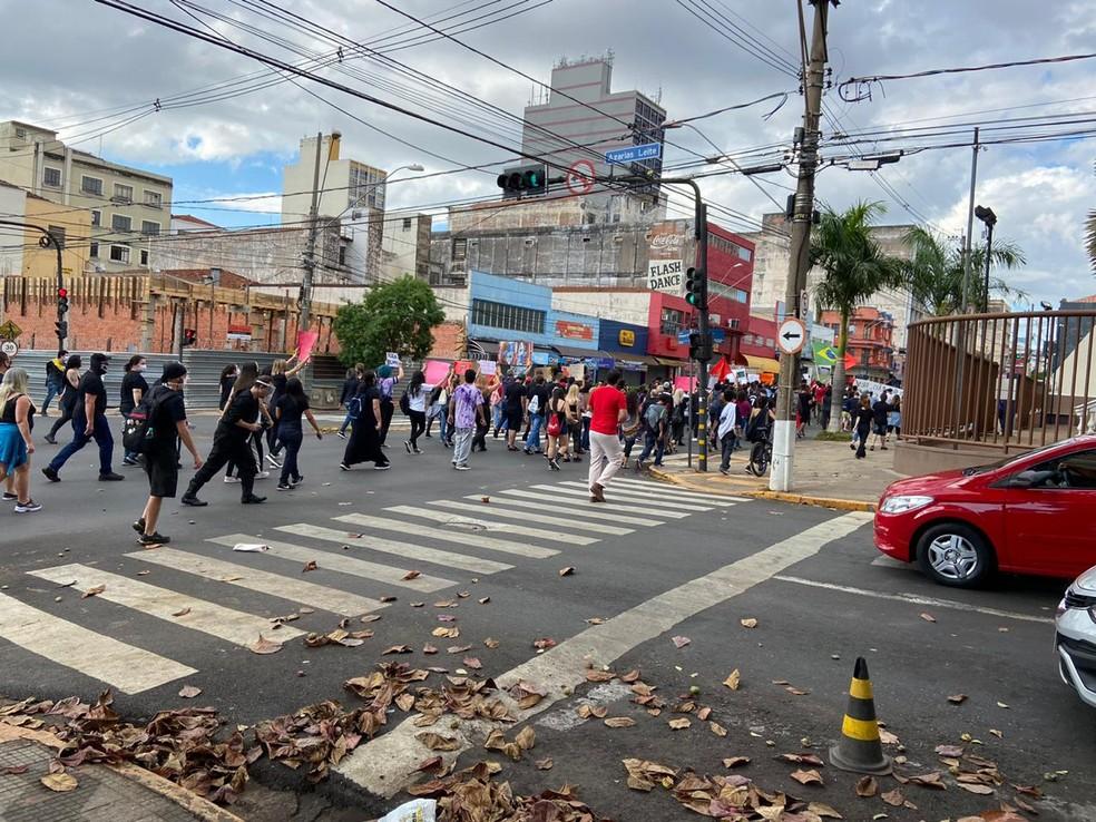 Manifestação em Bauru (SP) durou mais de três horas  — Foto: Alisson Negrini/TV TEM