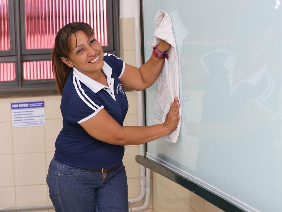 Venezuelana diz que se sente feliz por conseguir trabalho em MT (Foto: TRT-MT)