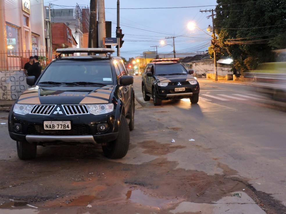 Policiais de Brasília reforçaram a operação no estado  — Foto: Arquivo/PF-AC