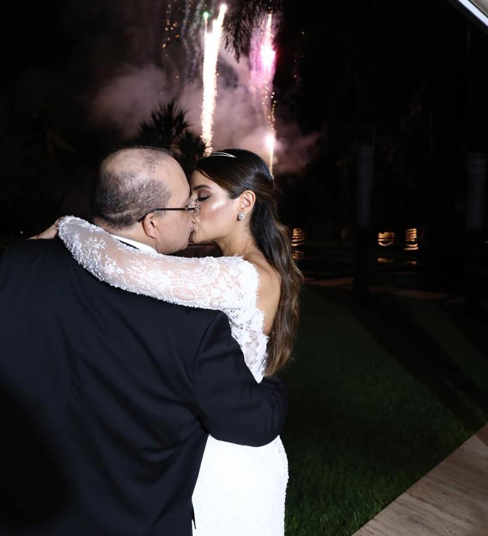 Ibaneis e Mayara se casam em cerimônia no Lago Sul, em Brasília — Foto: Glenio Dettmar/Divulgação