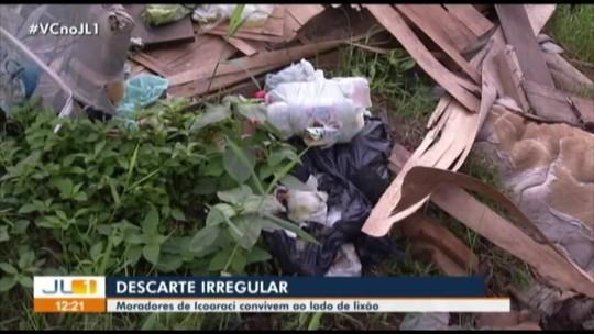 Moradores reclamam do acúmulo de lixo em rua de Icoaraci, em Belém