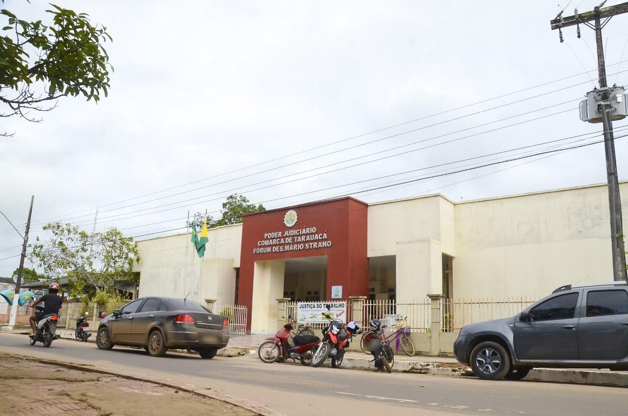 Homem que matou ex-mulher e o namorado na frente dos filhos pega quase 40 anos de prisão no AC - Notícias - Plantão Diário