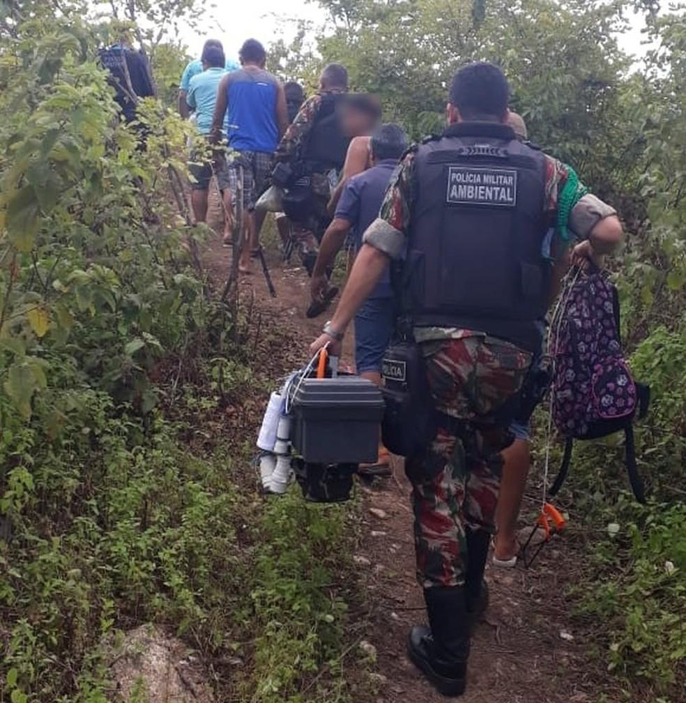 """Grupo detido em flagrante em """"rinha de galo"""" no Ceará  — Foto: BPMA/Digulção"""