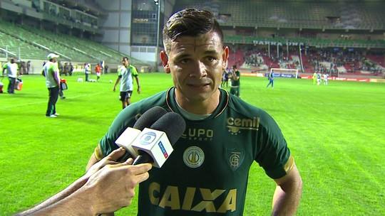 """Ruy vê empate contra Palmeiras justo: """"Duas equipes tentaram jogar da maneira que podiam"""""""