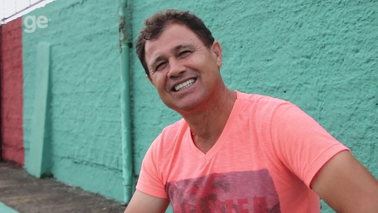 Causos do Gauchão: Tite treina goleiros no Veranópolis; batatas interrompem jogo