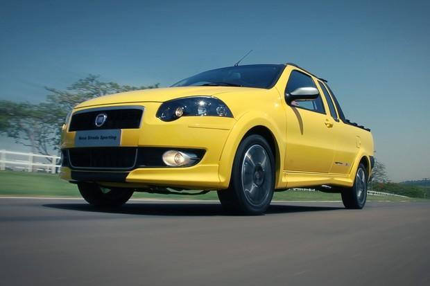 Fiat Strada Sporting foi lançada em 2010 (Foto: Guilber Hidaka/Autoesporte)