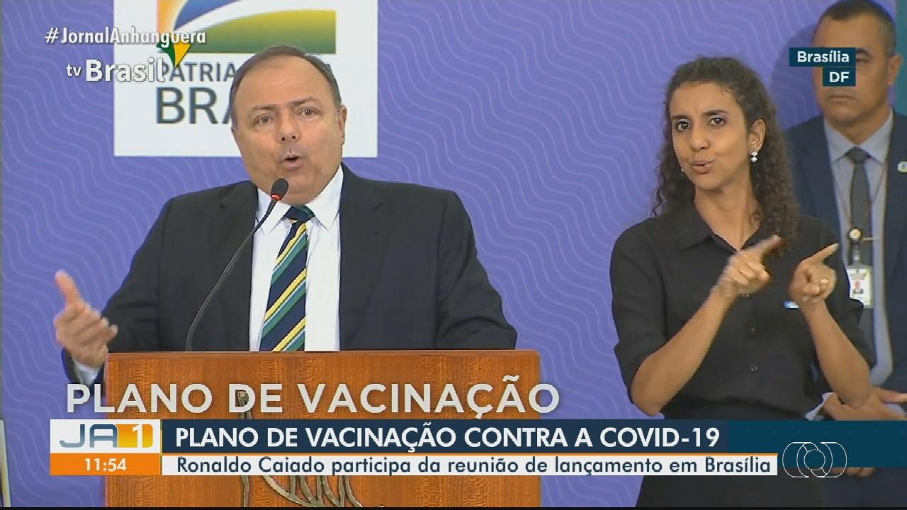 Ronaldo Caiado participa da reunião de lançamento do plano de vacinação contra a Covid-19
