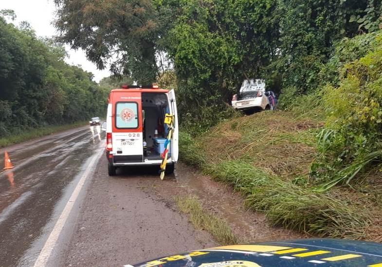 Carro sai da pista e três pessoas morrem na BR-386 em Seberi