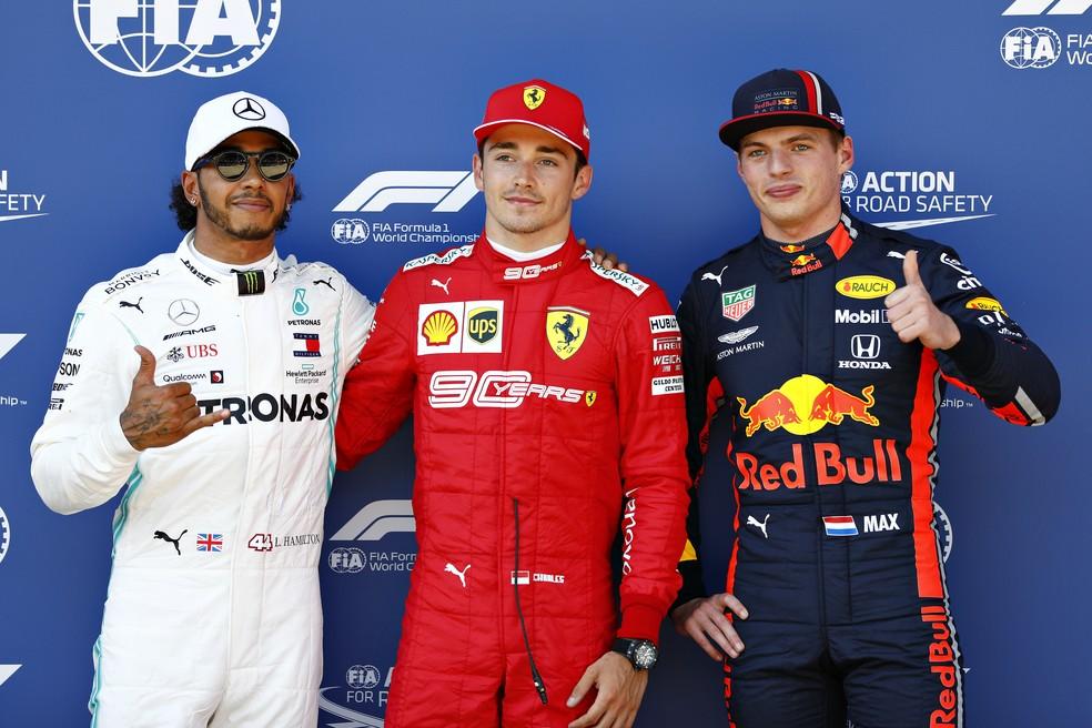 Hamilton, Leclerc e Verstappen, os três primeiros no grid em Spielberg — Foto: Getty Images