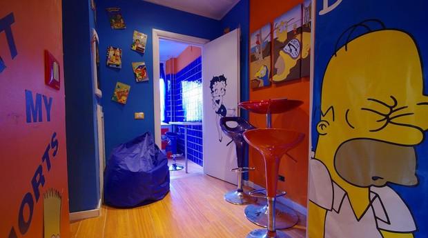 Comics Guesthouse, em Roma, exibe personagens como Os Simpsons e a Betty Boop (Foto: Reprodução/Booking.com)