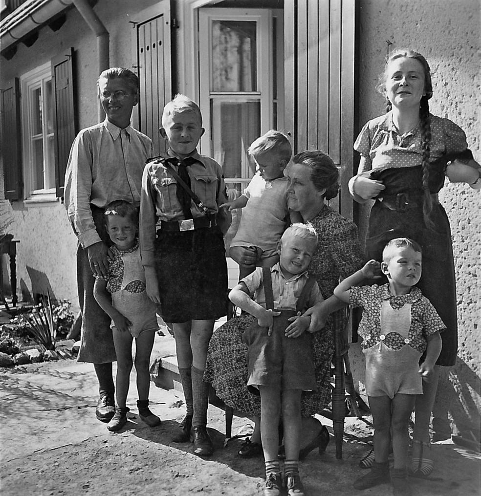 Quem via o avô de Derek como pai de família, não imaginava que ele organizava o trabalho escravo em campos de concentração  (Foto: Derek Niemann via BBC)