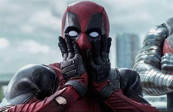 O ator Ryan Reynolds no papel de Deadpool (Foto: Reprodução)