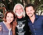 Renata Dominguez, o diretor Del Rangel e Guilherme Berenguer no primeiro dia de gravações do especial de fim de ano da Record 'Casamento blindado'  | Rede Record