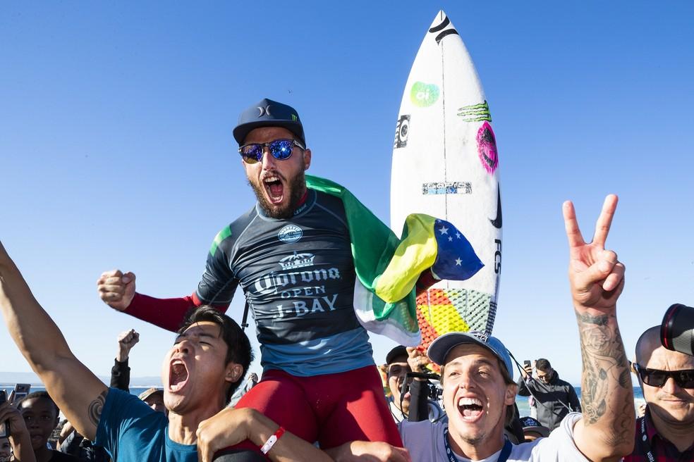 Filipe Toledo vem de vitória em Jeffreys Bay (Foto: WSL / Cestari)