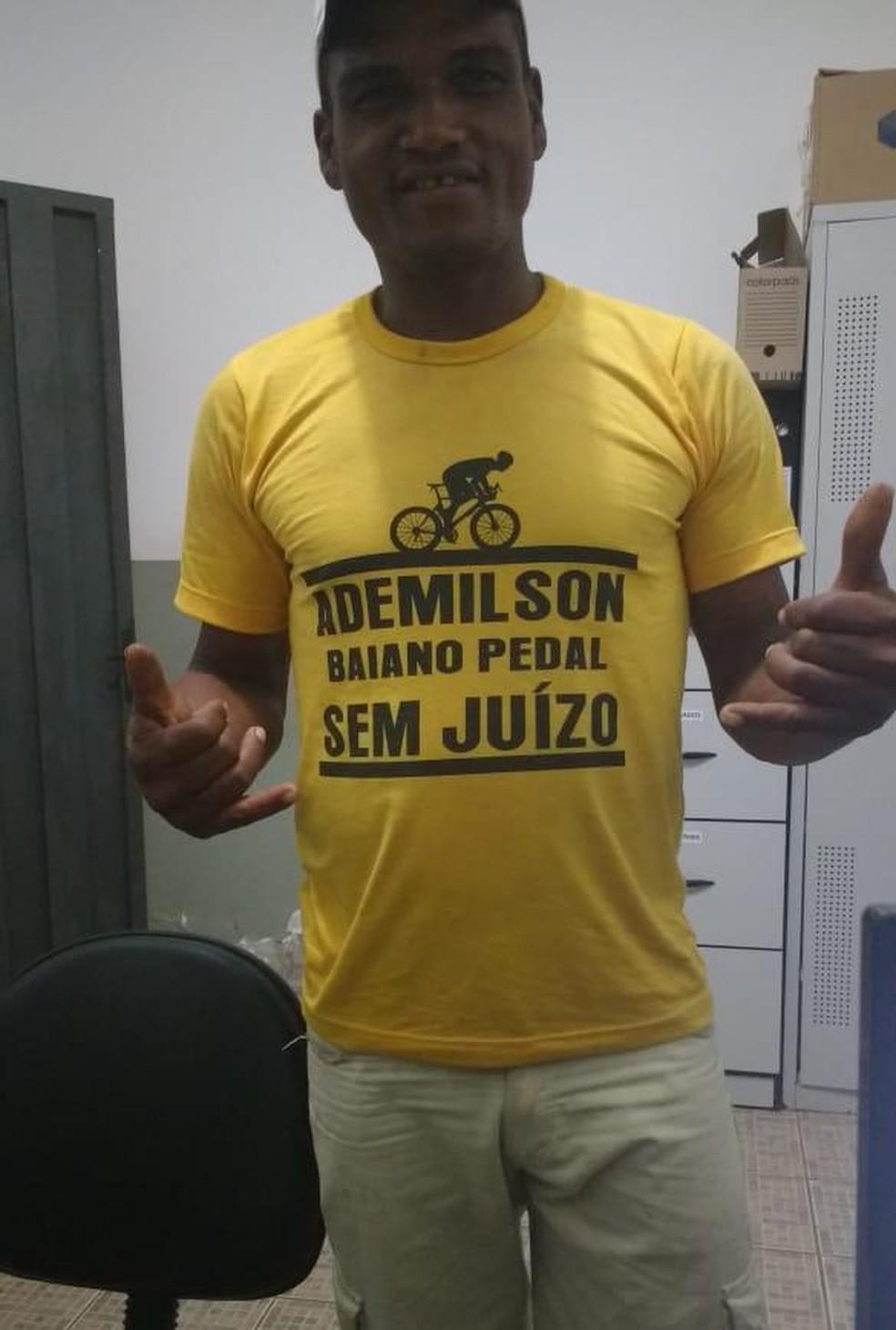 Ademilson perdeu a bicicleta que era o único meio de transporte dele — Foto: Arquivo pessoal