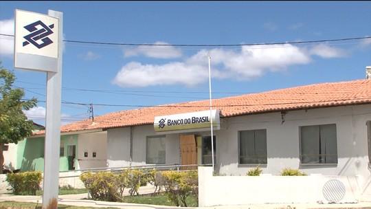 Banco permanece fechado quase 2 meses após assalto e clientes viajam 50 Km por atendimento no norte da BA