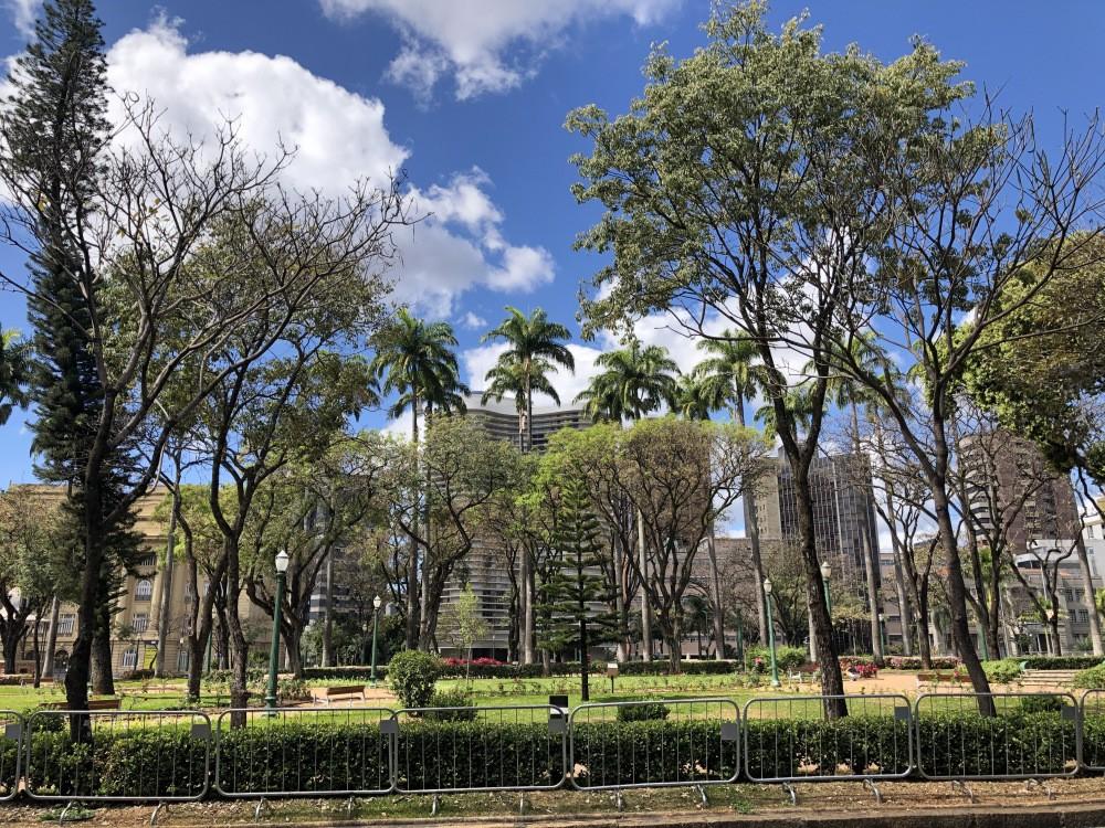 BH não tem data para reabrir seus 75 parques, mas prefeitura já estuda protocolos e especialistas discutem benefícios e riscos