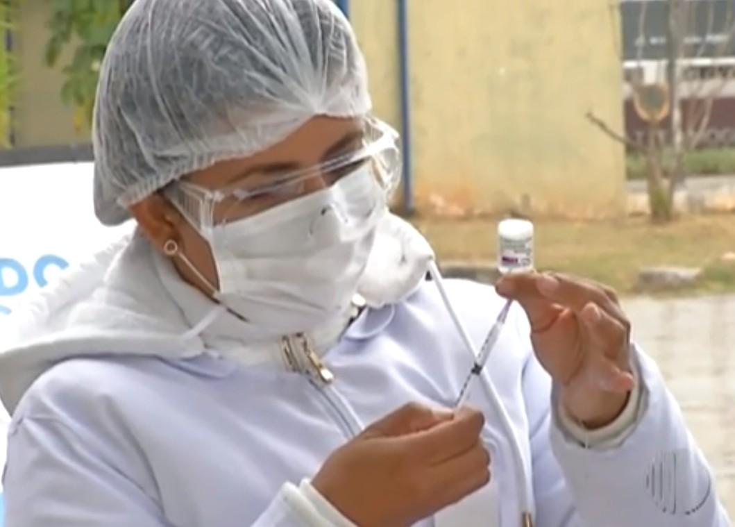 Mogi adota esquema especial para aplicação da dose de reforço em imunossuprimidos