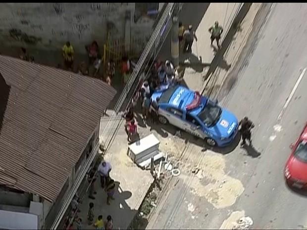 Explosão assustou moradores de bairros do Subúrbio do Rio (Foto: Reprodução/TV Globo)