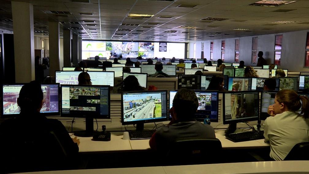 Sistema de videomonitoramento em Fortaleza conta com mais de 2,5 mil câmeras — Foto: Luis Paes/GloboNews