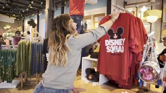 Giovanna Antonelli vai às compras no Disney Springs