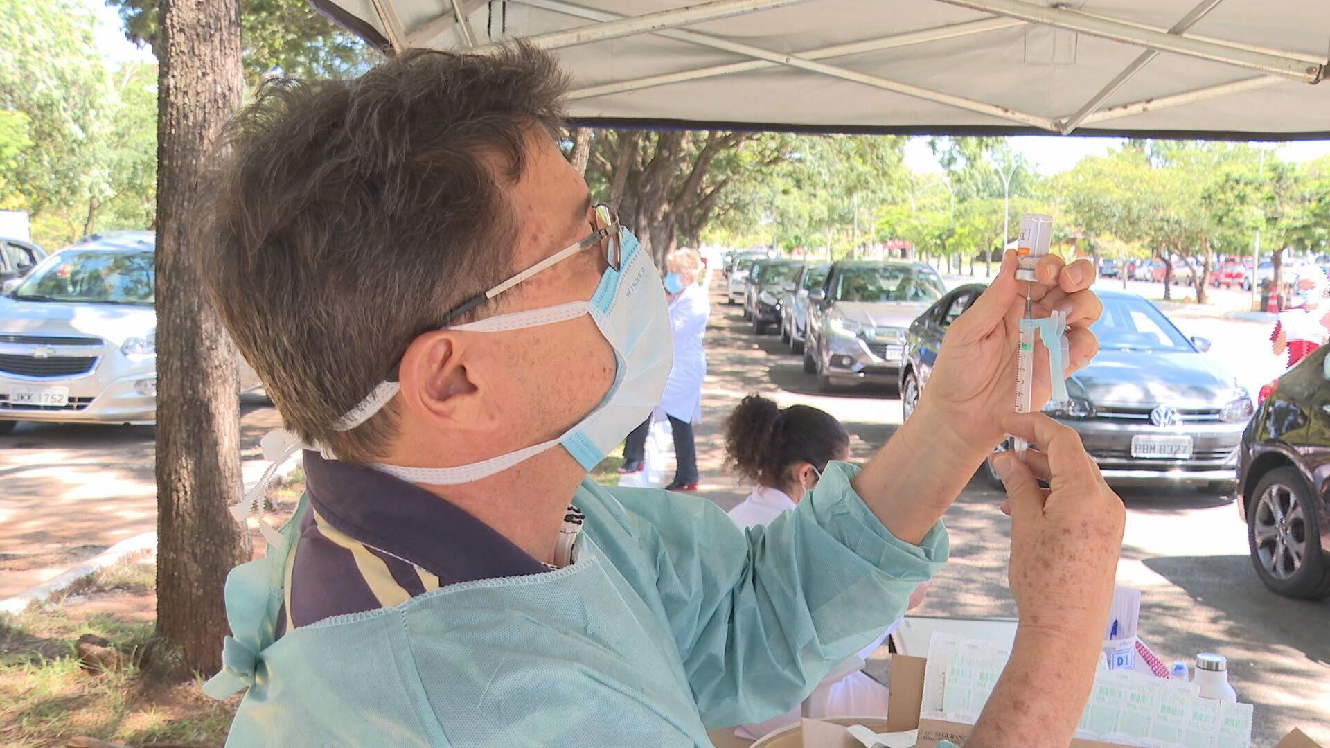 Vacina contra Covid-19: veja postos que vão funcionar no feriado do aniversário de Brasília