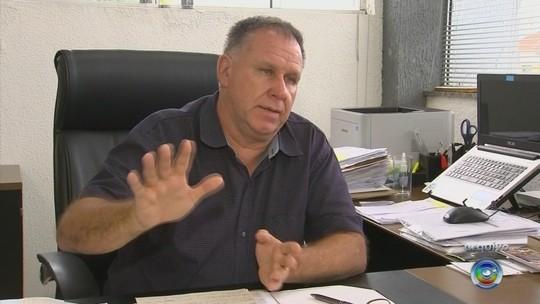 Vereadores querem dar posse à vice-prefeita após prefeito 'sumir' por 30 dias em Boituva
