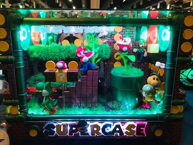Computador com personagens do Super Mario (Foto: Patrícia Basilio/ÉpocaNEGÓCIOS)