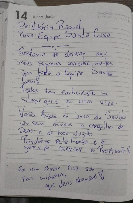 Vitória chegou a escrever carta em agradecimento à equipe de hospital que a tratou após crime — Foto: Arquivo Pessoal