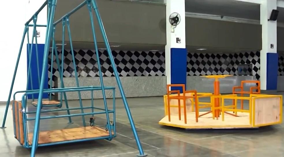 Brinquedos acessíveis para cadeirantes estão disponíveis em Barrocas e Feira de Santana — Foto: TV Subaé