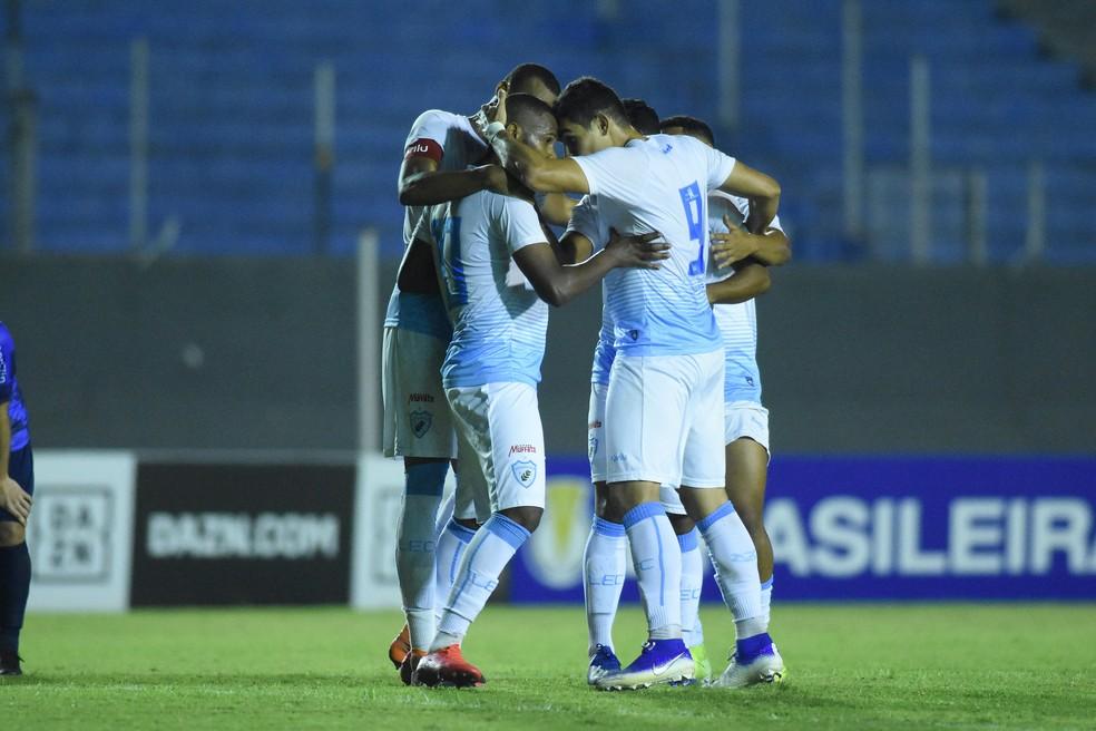 Time usado na vitória sobre o São José-RS pode ser mantido — Foto: Gustavo Oliveira/Londrina EC