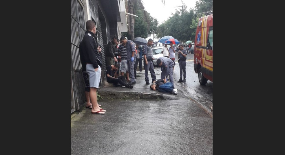 Torcedores são presos depois de confusão entre são-paulinos e corintianos neste domingo (14) — Foto: Reprodução/Redes Sociais