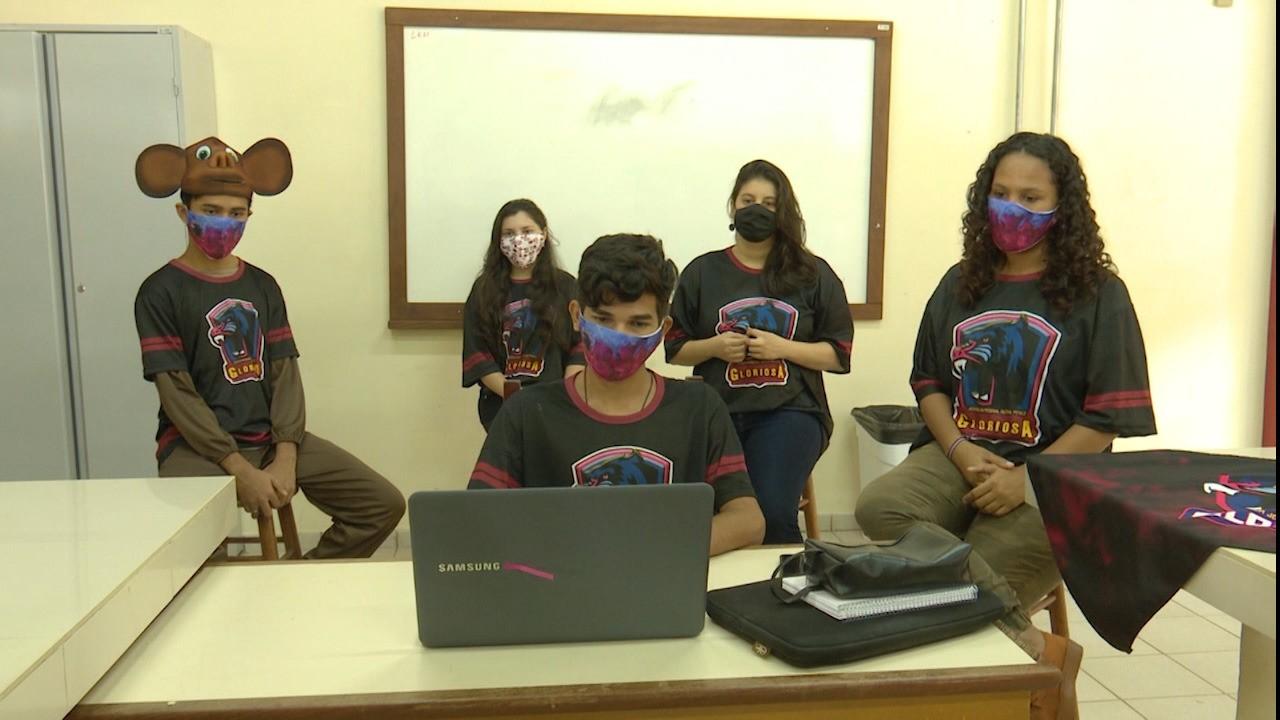 Alunos de 85 escolas participam do Viver Ciência Virtual esse ano