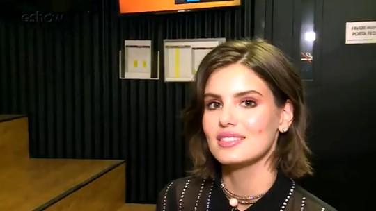 Com novo visual, Camila Queiroz revela vontade de pintar cabelo