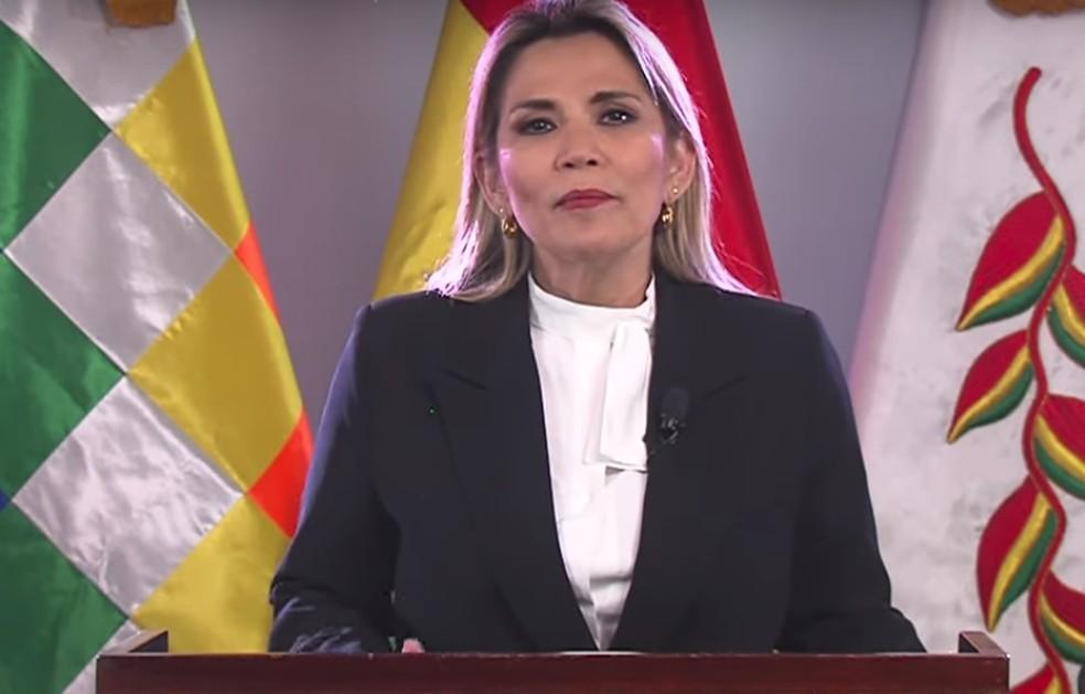 Jeanine Áñez, durante pronunciamento  — Foto: Governo da Bolívia/Divulgação