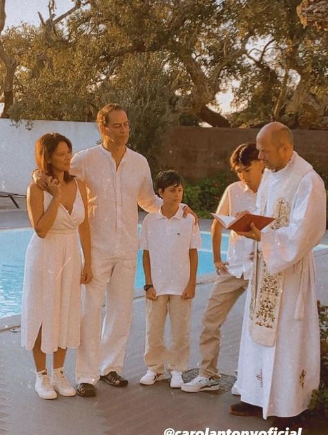 Marcello Antony com a mulher e os filhos, Louis e Lorenzo (Foto: Reprodução/Instagram)