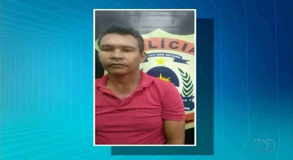 Taxista é suspeito de levar a trazer os assaltantes durante crimes (Foto: Reprodução/TV Anhanguera)