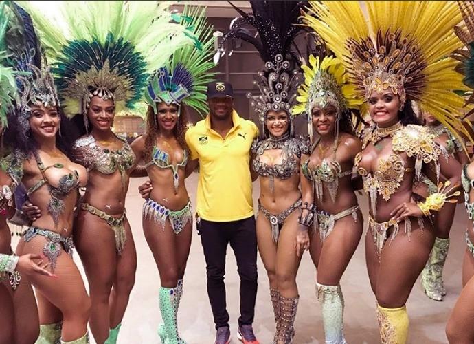 Asafa Powell - coletiva de imprensa - Time Jamaica (Foto: Reprodução/Twitter)