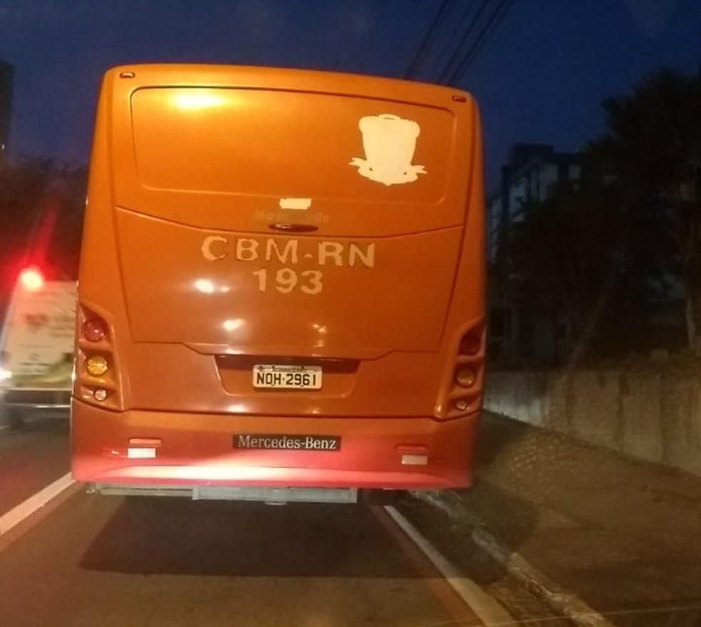 Alunos foram socorridos em um ônibus da própria corporação  — Foto: ABM-RN