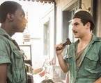 Izak Dahora e Nicolas Prattes como Tião e Alfredo em 'Éramos seis' | Reprodução