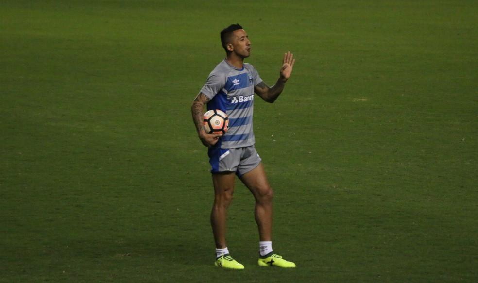 Lucas Barrios se recupera de lesão (Foto: Eduardo Moura/GloboEsporte.com)