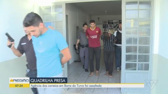 Quadrilha que assaltou agência dos Correios é presa pela polícia, em Barra do Turvo