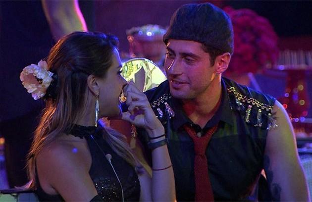 E Marcelo, por sua vez, depois acabou ficando com Angela (Foto: Reprodução)