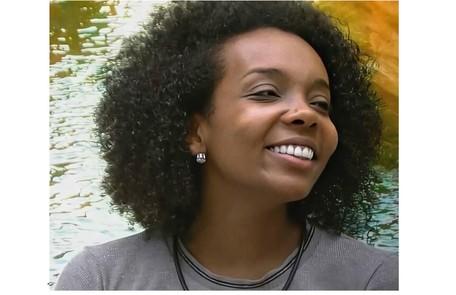 Aguardada pela equipe do hospital onde trabalha, Thelma, segundo o marido, Denis Santos, quer aproveitar a fama para dar visibilidade a mulheres negras artistas Reprodução